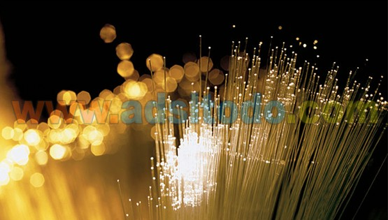 El Gobierno impulsa la conexión de los hogares a redes de fibra óptica que permiten el acceso a la banda ancha ultrarrápida