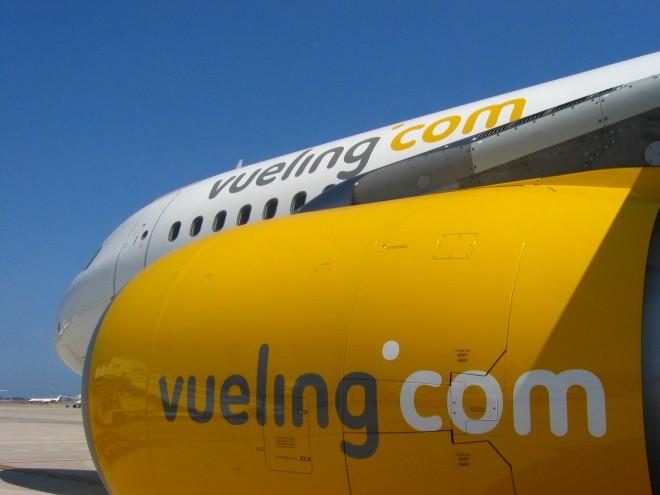 Vueling y Telefónica llevarán WiFi a los aviones